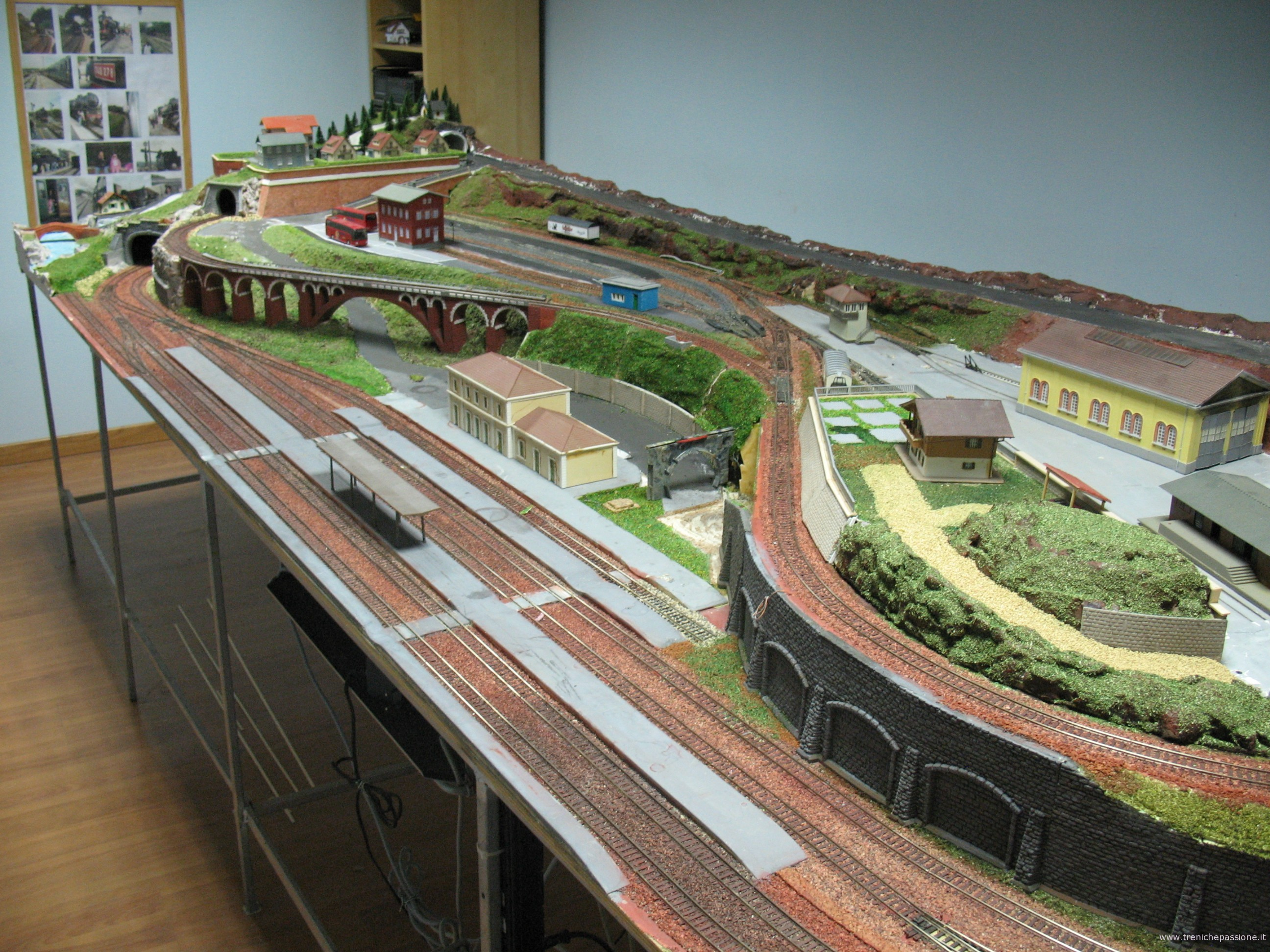 Schemi Elettrici Per Trenini : Schemi elettrici plastico ferroviario progetto plastici